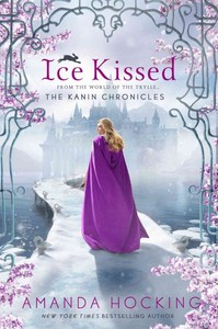 Ice Kissed - Amanda Hocking (Paperback) - Cover