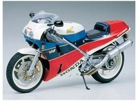 Tamiya - 1/12 Honda VFR750R (Plastic Model Kit) - Cover