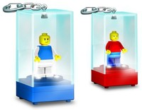 LEGO Lighted Minifigure Key Ring - Cover