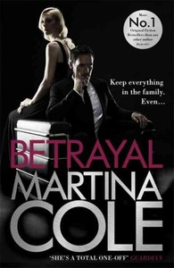 Betrayal - Martina Cole (Hardcover) - Cover