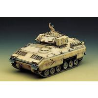Academy - 1/35 - M2 Bradley (Plastic Model Kit)