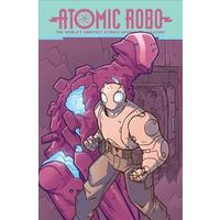 Atomic Robo and the Spectre of Tomorrow - Brian Clevinger (Paperback)