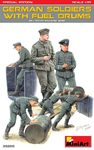 MiniArt - 1/35 - German Soldiers with Fuel Drums Special Edition (Plastic Model Kit)