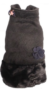 Dog's Life - Fluffy Puffle Jacket - Black (X-Small) - Cover