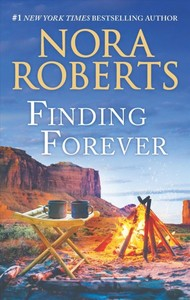 Finding Forever - Nora Roberts (Paperback)