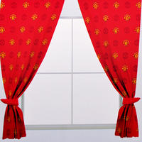 Manchester United - Repeat Crest Curtains - 54 inch