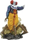 Diamond Select - It 1990 Gallery Pennywise Pvc Statue (Figure)