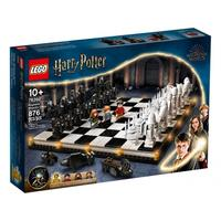 LEGO® Harry Potter - Hogwarts™ Wizard's Chess (876 Pieces)
