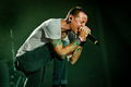 Linkin Park Frontman Chester Bennington Dies at 41 - Thumbnail